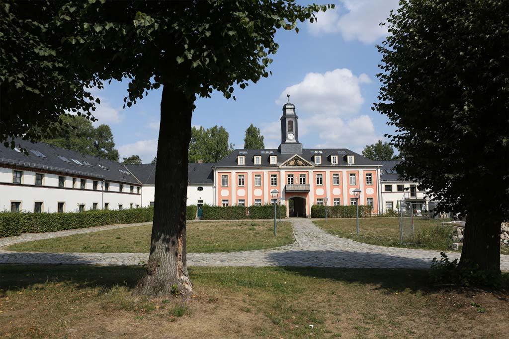 Rittergut_1-29_Großharthau_02